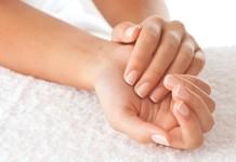 Причины появления и лечение бородавок на руках