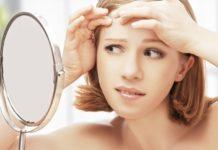 Прыщи на лбу и бровях: причины появления и лечение
